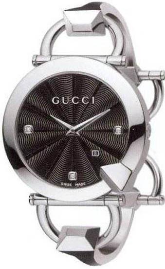 2efaafde28e Gucci YA122507 Ladies Watch Chiodo Stainless Steel Black Dial Diamonds